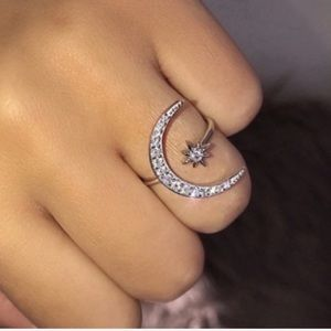 NEW! FP silver rhinestone embellished 🌙 ring